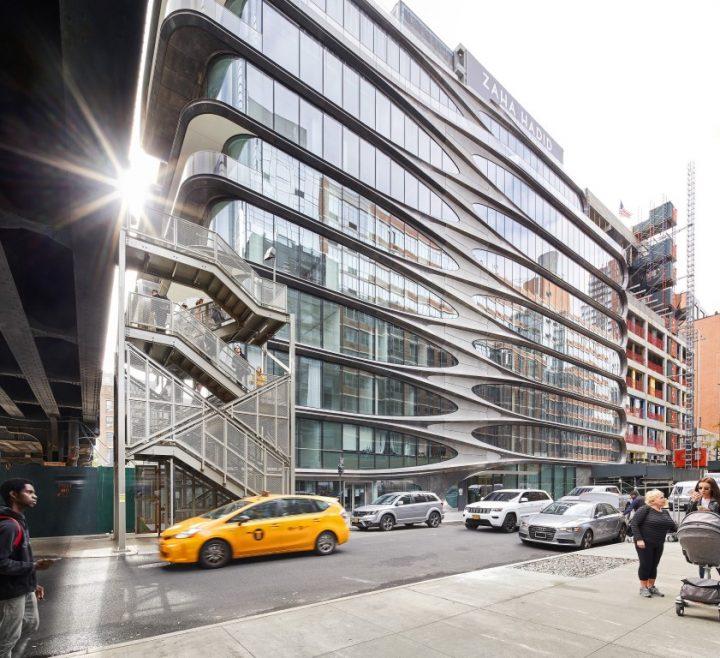 בניין מגורים ראשון לזאהה חדיד אדריכלים