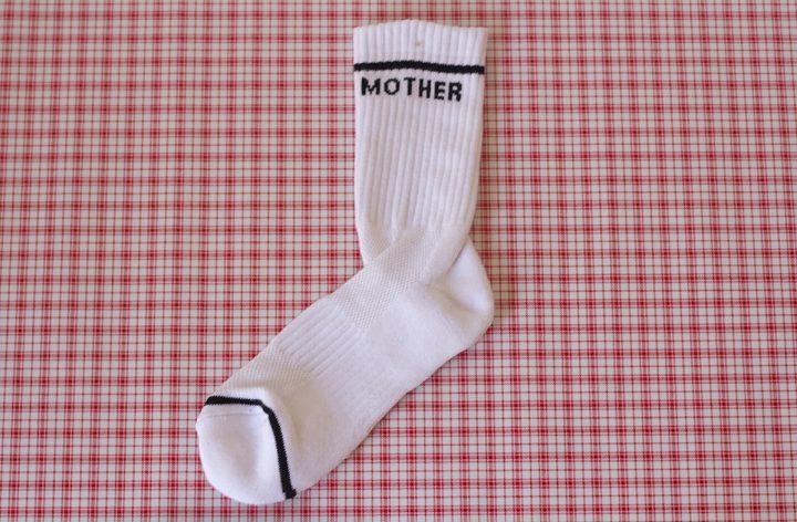mother, ממחטה ופודרייה