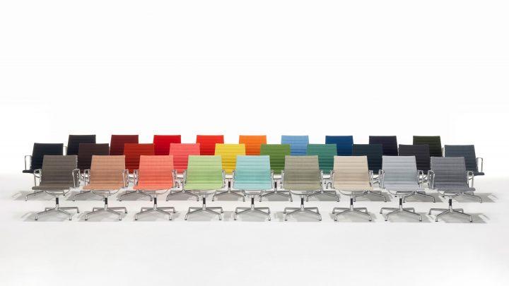 הכיסא בגרסתו הצבעונית