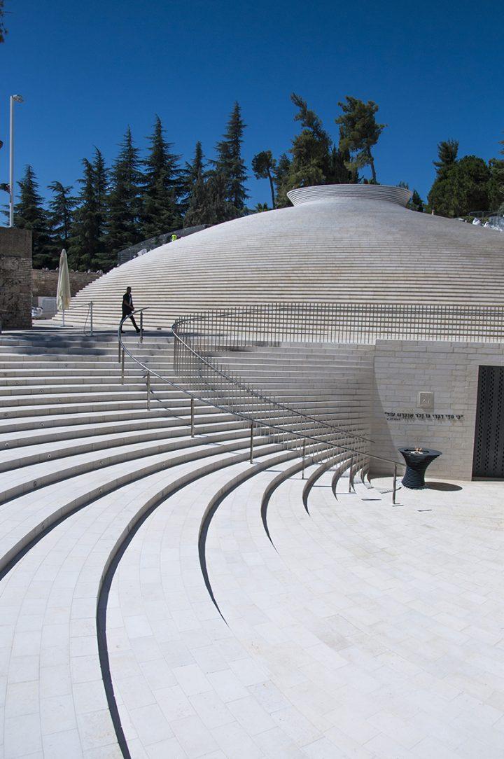 היכל הזיכרון הממלכתי לחללי מערכות ישראל, קימל אשכולות אדריכלים בשיתוף קלוש צ'צ'יק אדריכלים