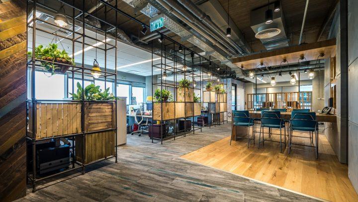 משרדי סי איי טכנולוגיות, רמות שקיפות שונות, סתר אדריכלים