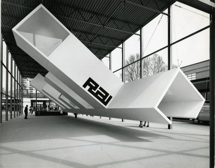 מעצב תערוכות, פיארה מילנו, 1965