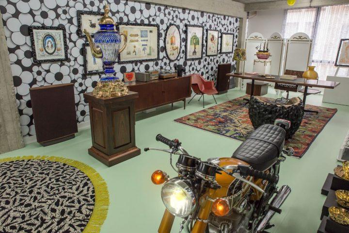 משרדו של סמיתס ג'וב
