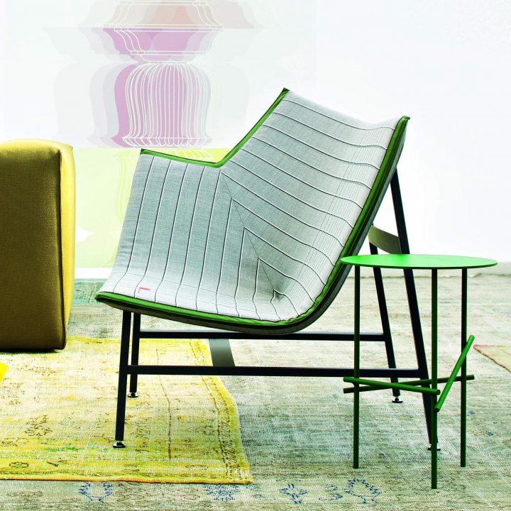 כיסא מטוס נייר למורוסו