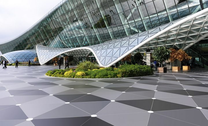 חיפוי חיצוני, שדה תעופה בבאקו