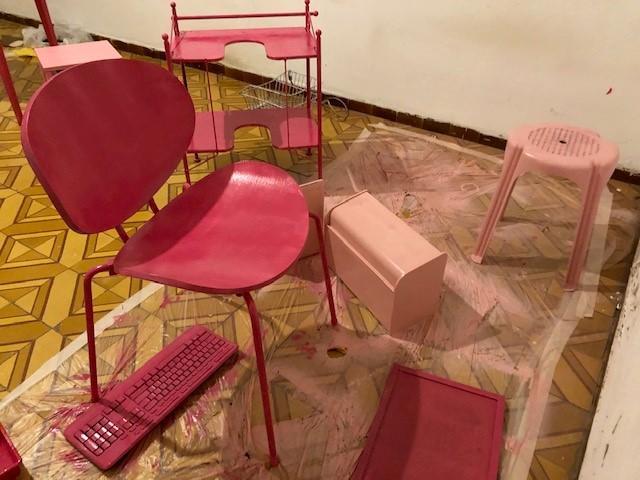 Pink BUBBLE Cafe, עבודה בהכנה