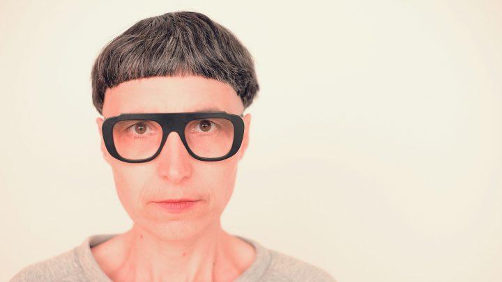 המעצבת הצרפתיה מטלי קרסה מתעקשת לדחוף דברים אל הקצה