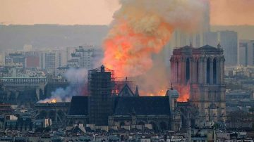 המשקפת: אודית לורן בלקין חושפת למה השריפה בנוטרדאם נוגעת לה אישית