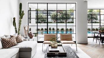 תחת קורת גג אחת: הבית שמוכיח שניגודים יכולים לחיות בהרמוניה