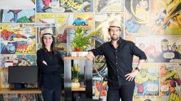 עם ספיידרמן, הענק הירוק וטפטים מטריפים על הקירות: בית הקומיקס