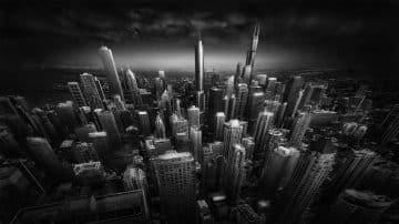 אדריכלות מפורסמת נתפסת בעדשת המצלמה ומותחת את גבולות הדרמה