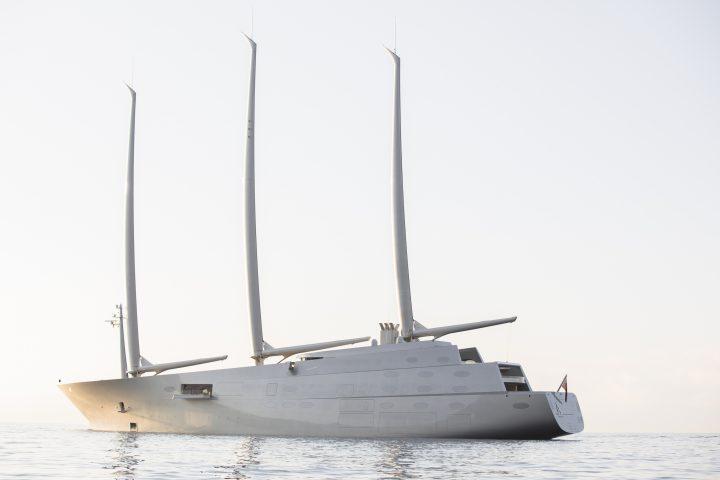 יאכטה, פיליפ סטארק, מעצב על, Sailing Yacht A, phillipe starck, Guillaume Plisson