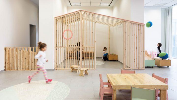 גן ילדים מעץ, מחוסגן, פשוט גן