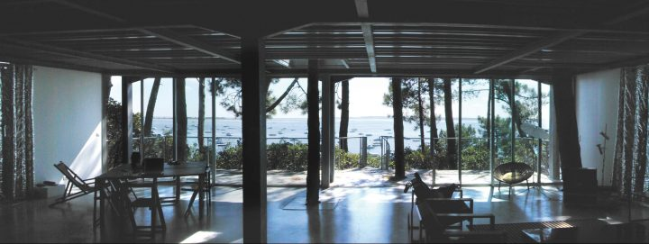 בית פרטי בצרפת, בית על אגם, פריצקר