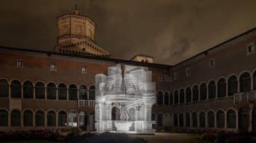 החומר הנעדר: האמן האיטלקי שנותן חיים חדשים למבנים קדומים
